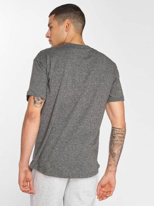Bench T-Shirt Grindle grau