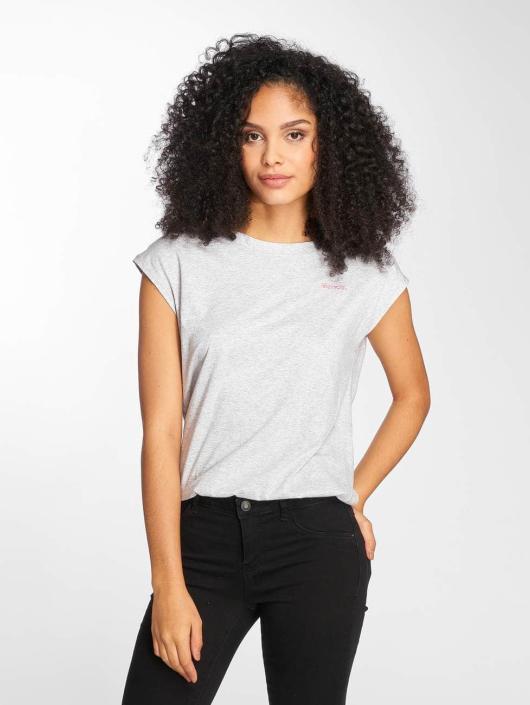 Bench T-Shirt Back Detail grau