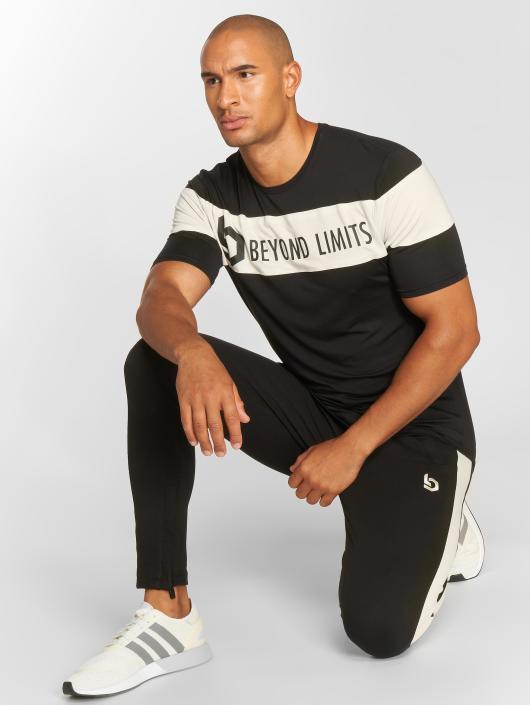 Beyond Limits Camiseta Chronicle negro