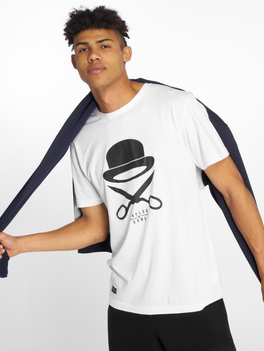 Cayler & Sons T-skjorter PA Icon hvit