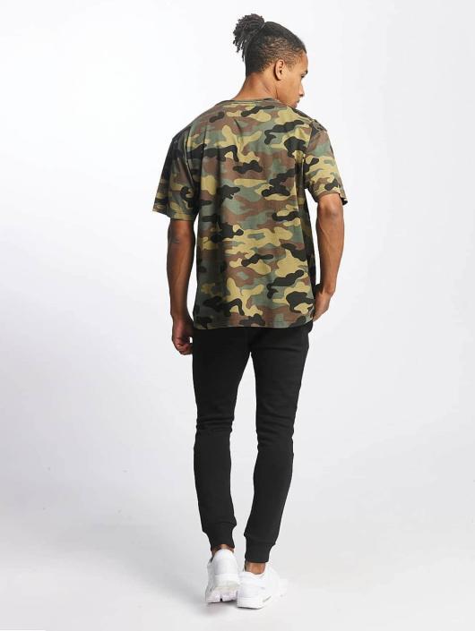 Cayler & Sons T-skjorter Ain't Hard kamuflasje
