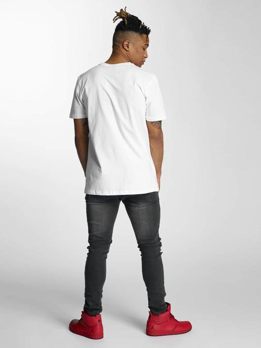Criminal Damage T-skjorter Battle hvit