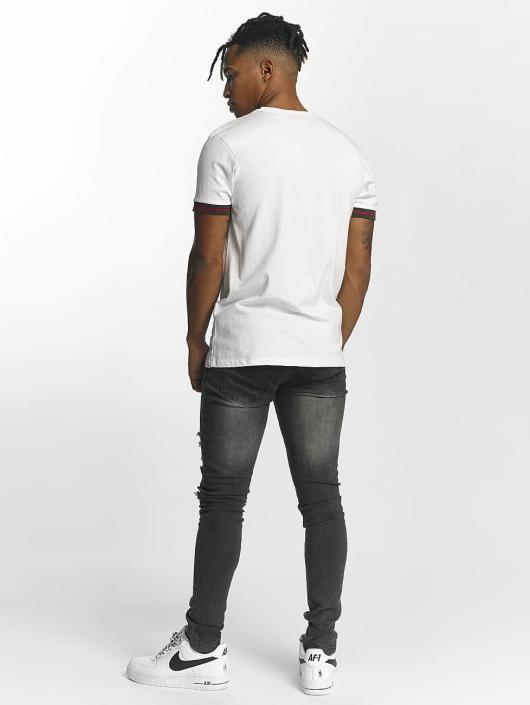 Criminal Damage T-skjorter Cucci hvit