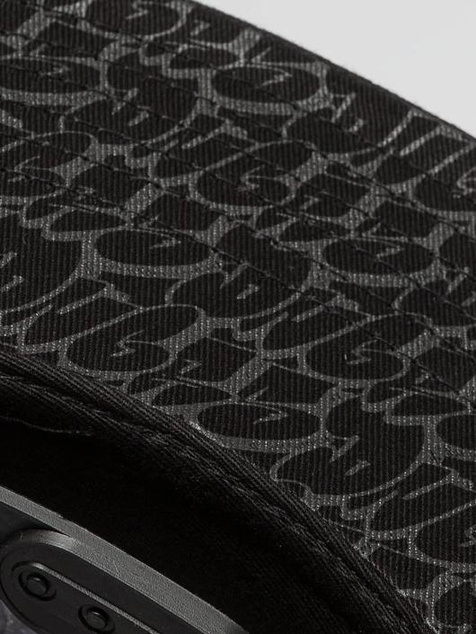 Dangerous DNGRS Casquette Snapback & Strapback Corus86 Throw Up noir
