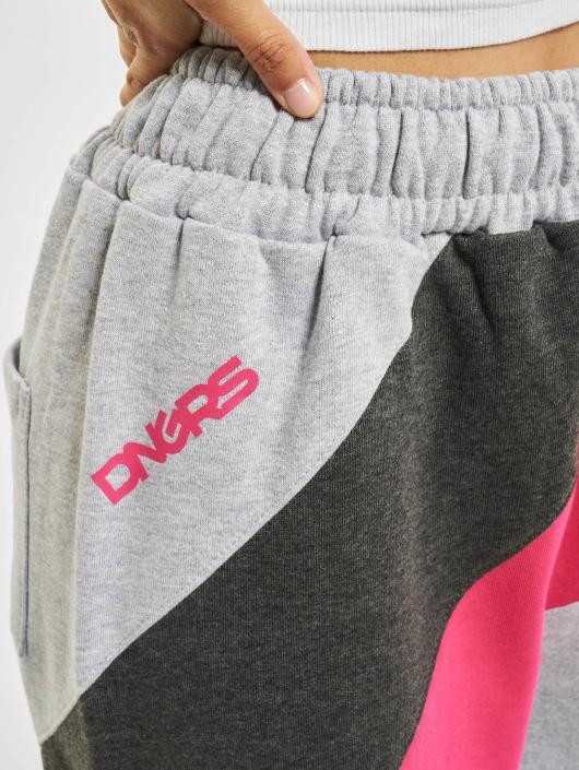 Dangerous DNGRS Jogginghose Skull grau
