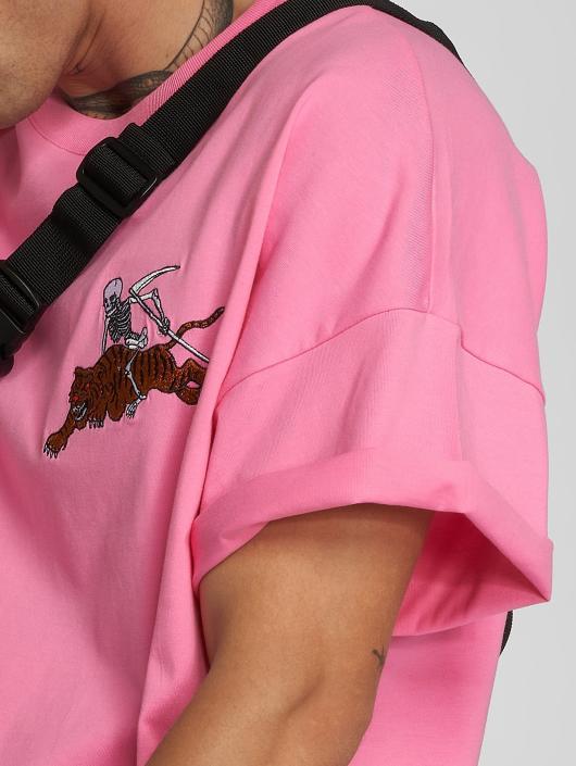 Dangerous I AM T-Shirt Gozu pink