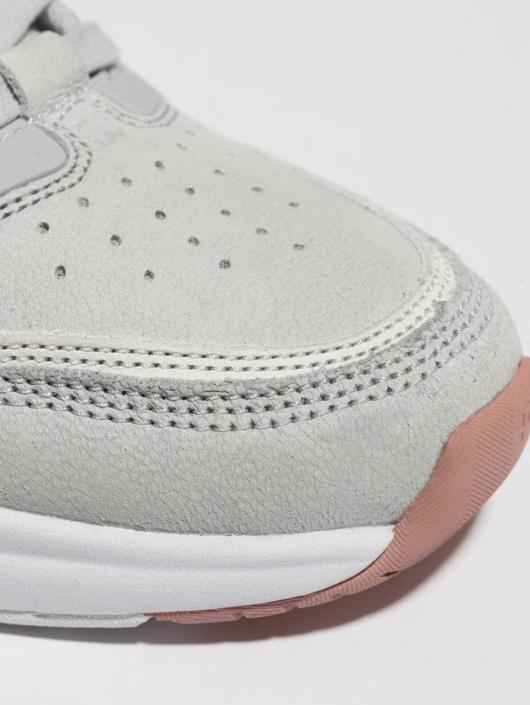 DC Sneaker E. Tribeka Se grau