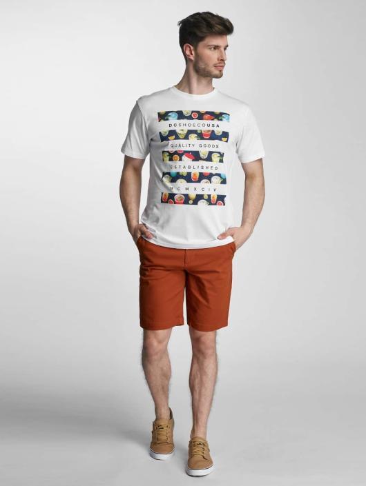 DC T-skjorter Drinkit hvit