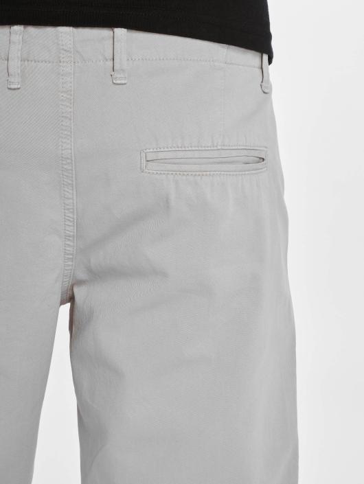 DEF Shorts Avignon grau