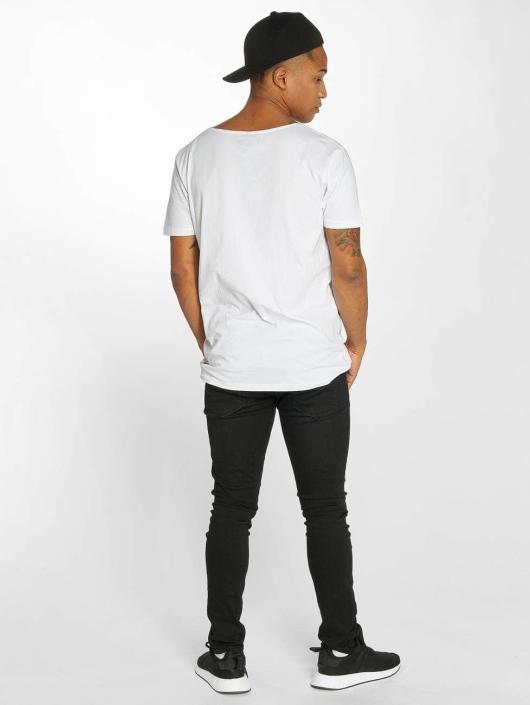 Distorted People T-shirts Barber & Butcher hvid