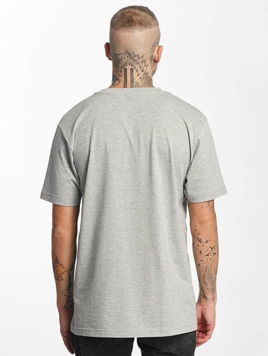 Famous Stars and Straps Camiseta Shocker gris