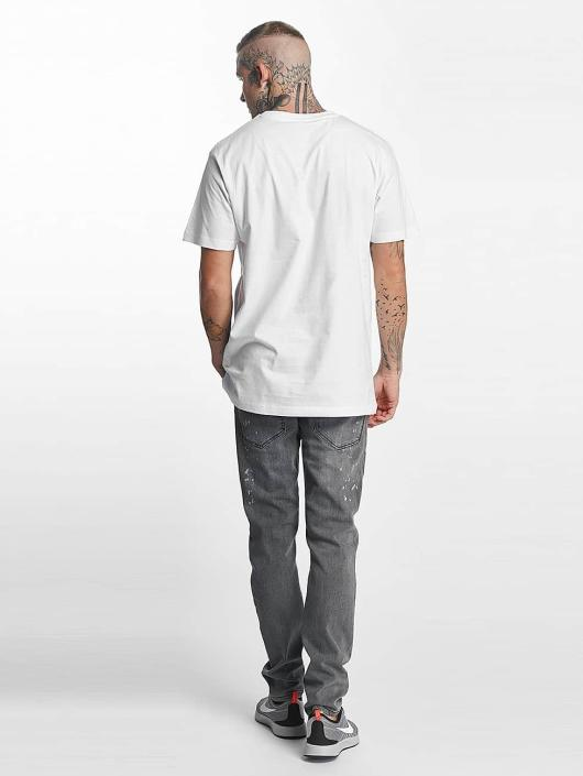 Famous Stars and Straps t-shirt Loud and Clear wit