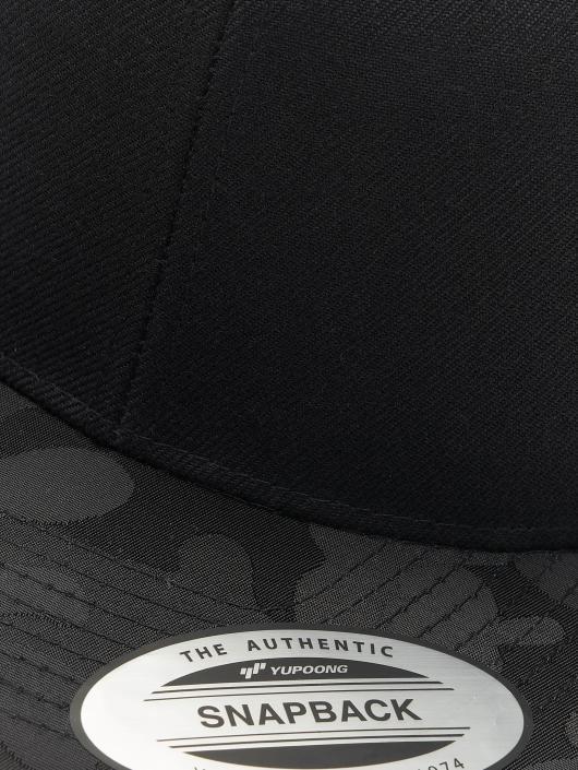 Flexfit Snapback Caps Camo Visor svart