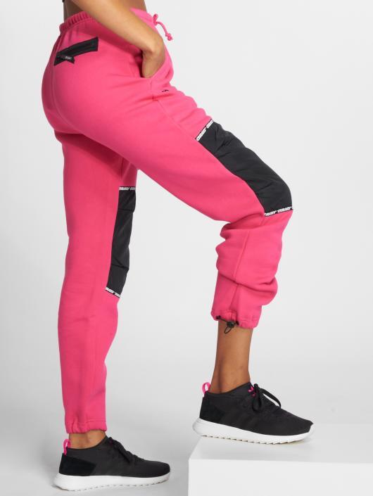Grimey Wear Pantalone ginnico Nemesis rosa