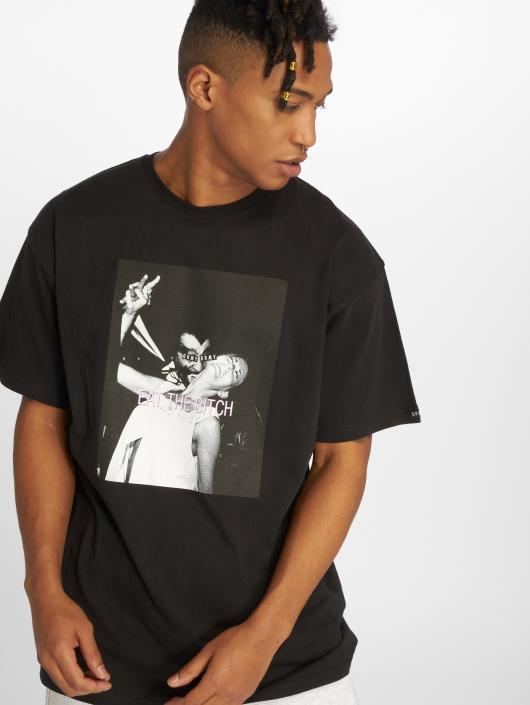 Grimey Wear T-shirt Eat The Bitch svart