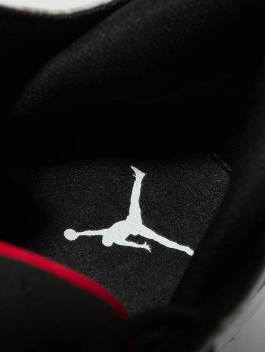 Jordan Сникеры First Class черный
