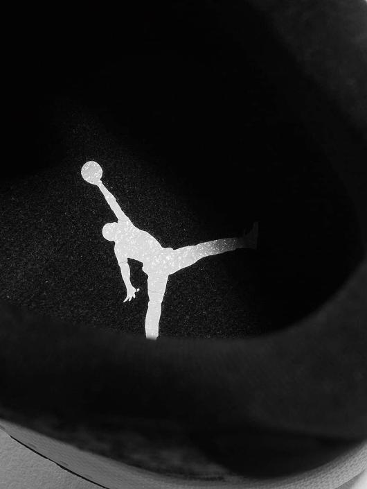 Jordan Sneakers B. Fly gray