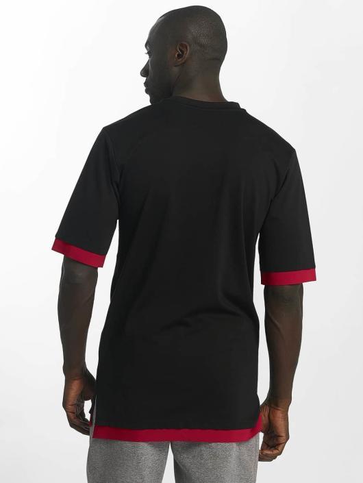 Jordan T-Shirt Sportswear Tech Short Sleeve schwarz