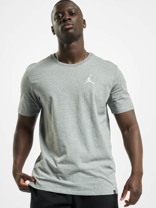 Jordan T-skjorter Sportswear Jumpman Air Embroidered T-Shirt grå