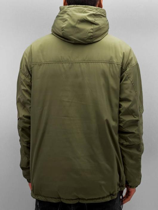 K1X Välikausitakit Urban Hooded oliivi