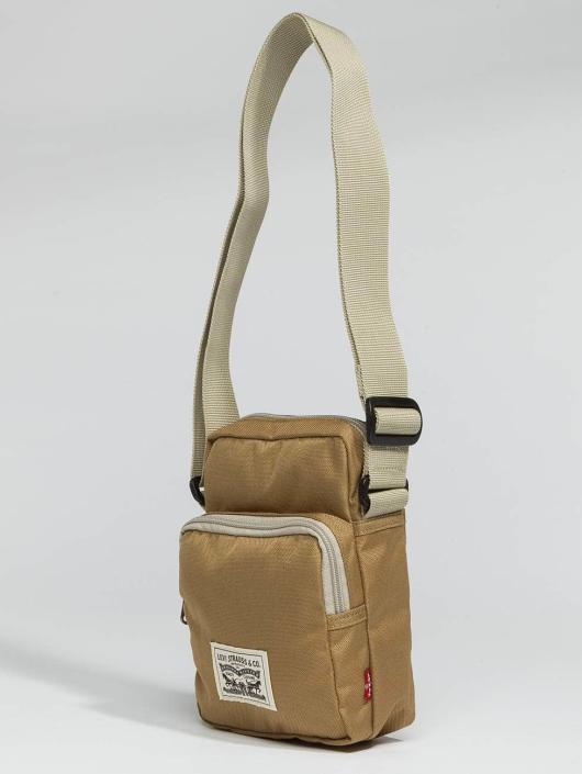 Levi's® Vesker L Series Small Crossbody beige