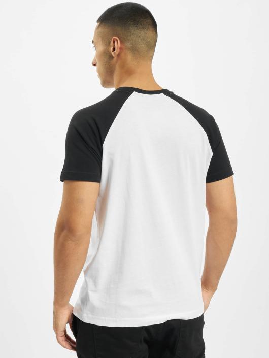 Merchcode T-paidat Banksy Panda Raglan valkoinen