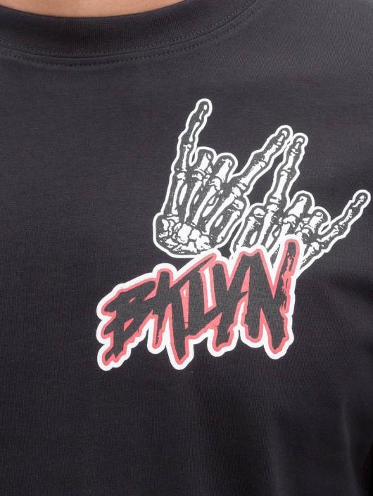 Mister Tee T-shirt BKLYN svart