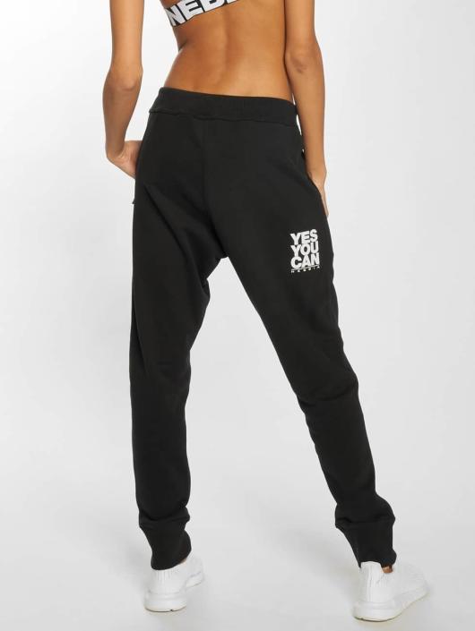 Nebbia Jogging kalhoty Dropper Croatch čern