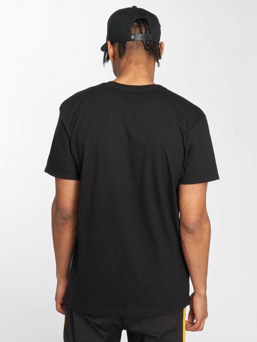 NEFF Camiseta Passing Through negro