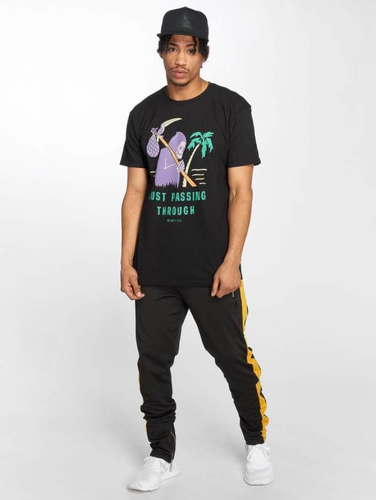 NEFF t-shirt Passing Through zwart
