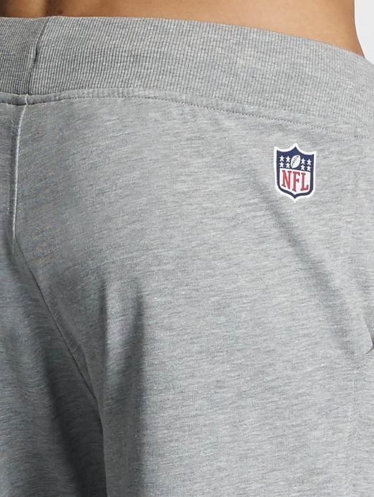New Era Šortky Team App New England Patriots šedá