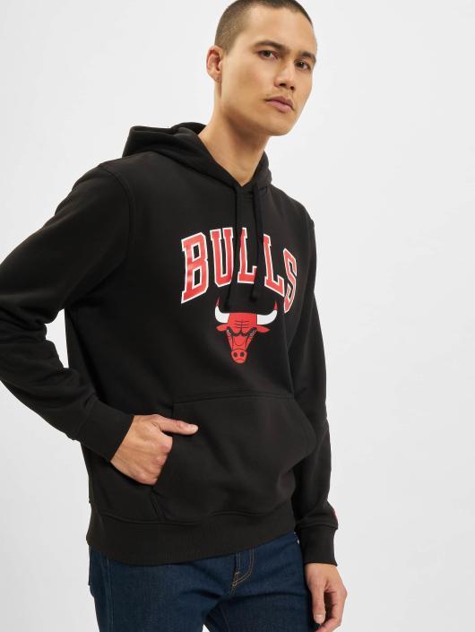 New Era Bluzy z kapturem Team Logo Chicago Bulls czarny