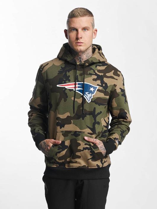 New Era Bluzy z kapturem Woodland New England Patriots moro
