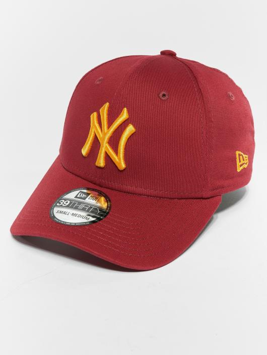 708dc73b677a0 New Era Casquette Flex Fitted MLB Essential New York Yankees 39 Thirty rouge