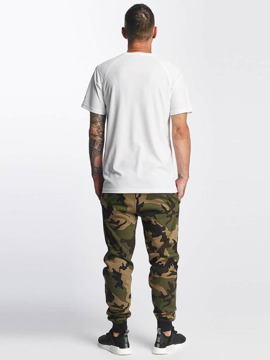 New Era Pantalón deportivo Woodland Oakland camuflaje