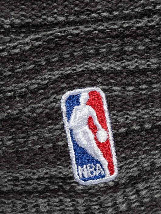 New Era Pipot Shadow Tech Knit Chicago Bulls harmaa