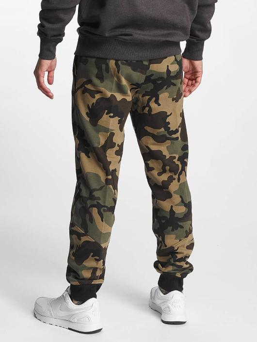 New Era Spodnie do joggingu Woodland Atlanta Falcons moro