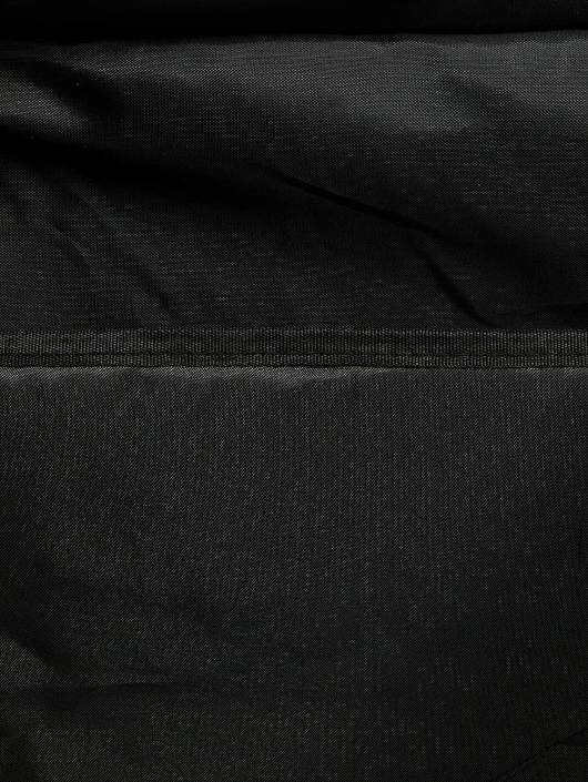 New Era Vesker Cap Carrier 24 svart