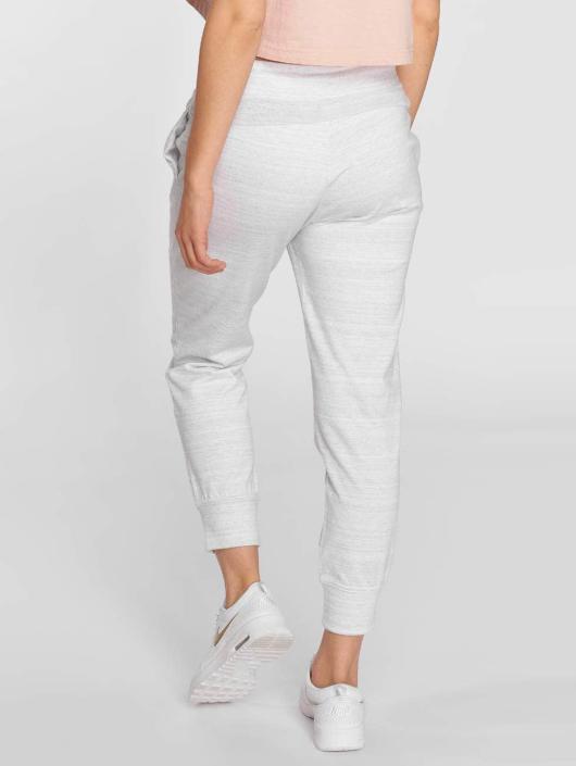 Nike Спортивные брюки NSW  AV15 белый