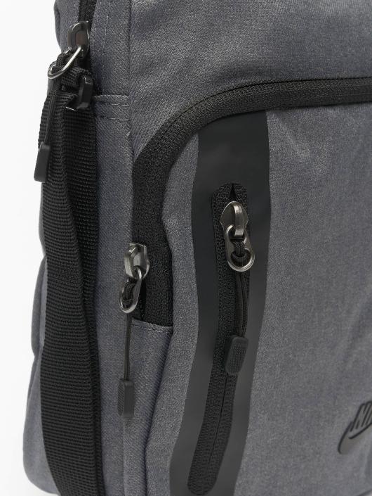 Nike Bag Core Small Items 3.0 grey