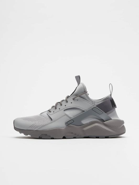 Nike Baskets Air Huarache Run Ultra gris