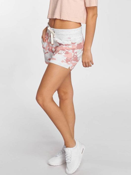 Nike Pantalón cortos Sportswear Gym Vintage gris