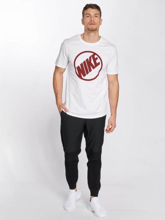 Nike Pantalón deportivo Sportswear Tech Knit negro
