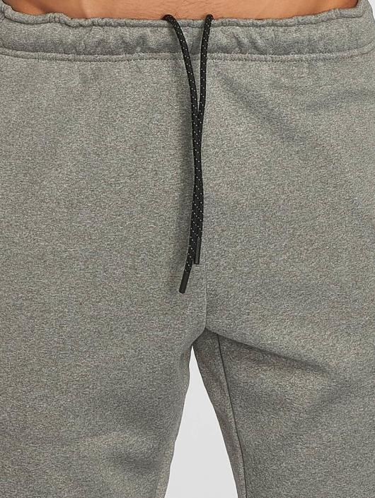 Nike Performance joggingbroek Therma Sphere grijs