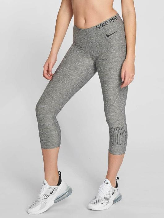 Nike Performance Legíny/Tregíny Pro Capri šedá