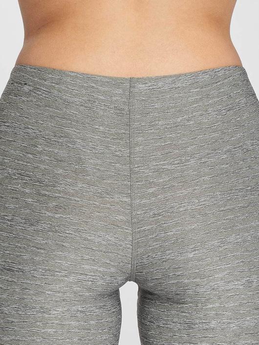 Nike Performance Legging/Tregging Pro Capri grey
