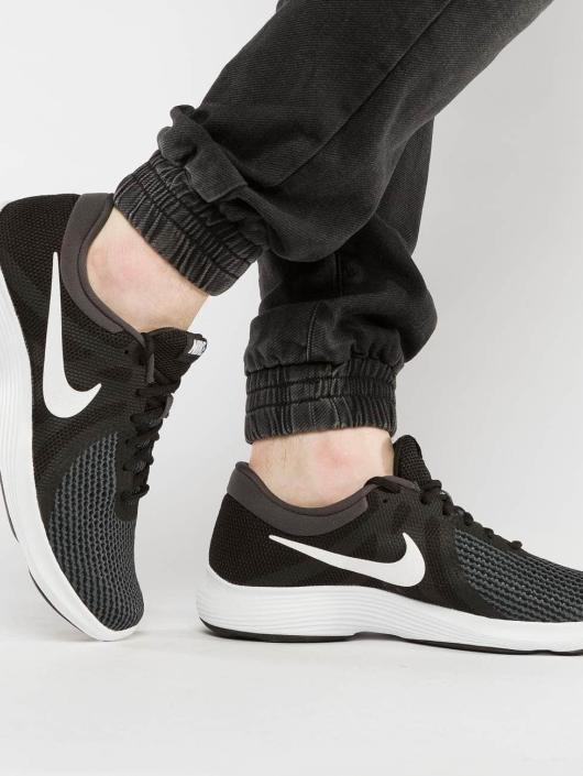 Nike Performance Sneaker Revolution 4 schwarz