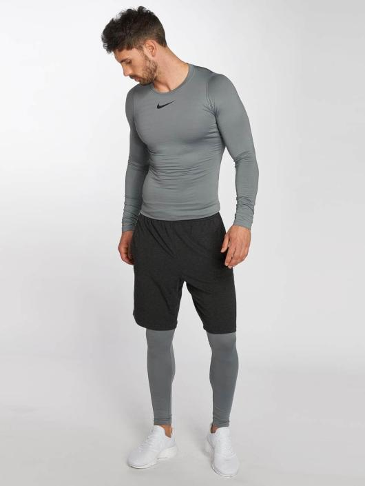 Nike Performance T-Shirt manches longues Pro Warm gris
