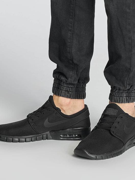 Nike SB Sneaker Stefan Janoski Max schwarz