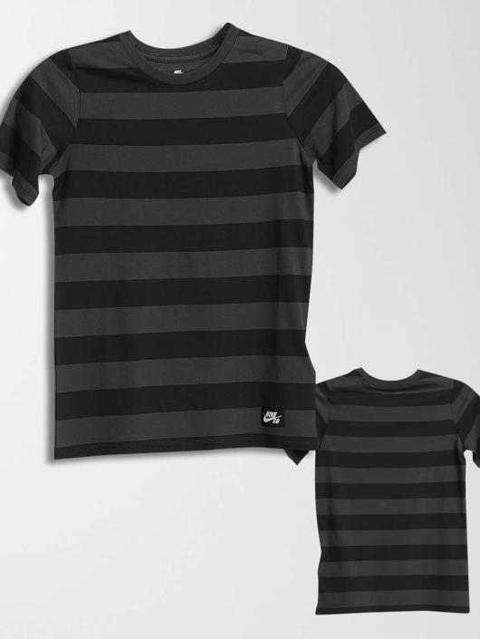Nike SB T-skjorter Boys grå